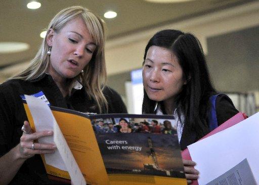 CU-Boulder students consider winter internships during break